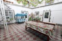 Феодосия, жилье недорого в историческом районе - Большой обеденный стол