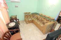 Снять жилье в Феодосии: частный сектор в центре у моря - Угловой диван
