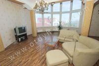 Снять дом в Феодосии без посредников возможно! - Панорамный вид из гостиной