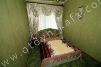 Выгодно снять дом под ключ в Крыму - Современная двуспальная кровать