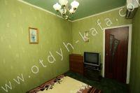Выгодно снять дом под ключ в Крыму - Телевизор в каждой комнате