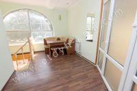 Феодосия-дома, цены на аренду жилья - Просторный холл