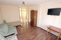 Феодосия-дома, цены на аренду жилья - Телевизор в каждой спальне