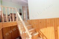 Феодосия-дома, цены на аренду жилья - Удобная лестница на второй этаж
