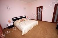 Феодосия, эллинг - жильё у моря - Мягкая двуспальная кровать