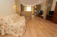 Элитный эллинг, Феодосия - Черноморская набережная, номер 302 - Удобный мягкий диван