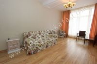 Элитный эллинг, Феодосия - Черноморская набережная, номер 303 - Мягкий диван