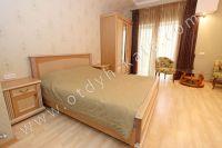 Элитный эллинг, Феодосия - Черноморская набережная, номер гостевой - Большая двуспальная кровать