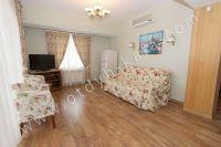 Элитный эллинг, Феодосия - Черноморская набережная, номер 401 - Мягкий диван