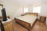 Элитный эллинг, Феодосия - Черноморская набережная, номер 401 - Широкая двуспальная кровать