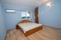 Снять эллинг в Феодосии - Спальня в нежно-голубом оформление