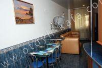 Эллинг на берегу моря, Феодосия - Удобная кухня на первом этаже