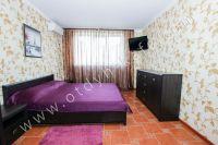 Жилье в Феодосии квартиры у моря - Светлая большая комната
