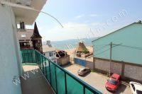 Современная гостиница на Черноморской Феодосии - Балкон второго этажа с видом на море