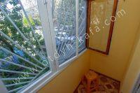 Такая солнечная Феодосия! Цены на отдых у моря - Балкон с видом во двор.