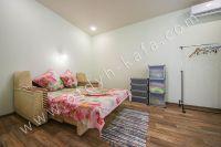 Недорого сдам квартиру в Феодосии летом - Комфортный диван.