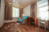 Недорого сдам квартиру в Феодосии летом - Раскладной двуспальный диван.