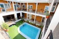 Отдых в Феодосии, пансионаты с бассейном - Общий балкон