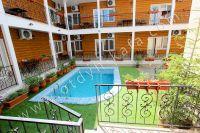 Отдых в Феодосии, пансионаты с бассейном - Выход в зона для отдыха
