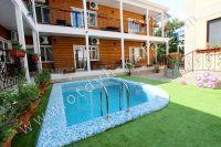 Отдых в Феодосии, пансионаты с бассейном - Небольшой бассейн