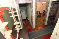 Сниму квартиру в Феодосии - Холодильник в прихожей