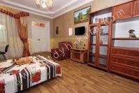 Крым, Феодосия. Гостевой дом с просторной спальней - Плоский телевизор