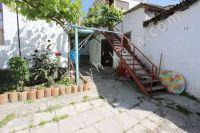 Крым, Феодосия. Гостевой дом с просторной спальней - Общий двор