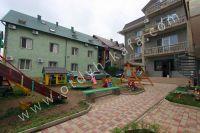 Гостиницы Феодосии - Качели для детей