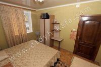 Гостиницы Феодосии - Маленькие телевизоры в номерах