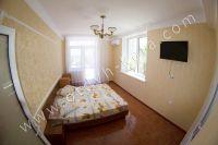 Гостиница на Черноморской набережной Феодосии  - ЖК-телевизор в каждом номере