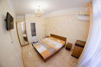 Гостиница на Черноморской набережной Феодосии  - Современный шкаф