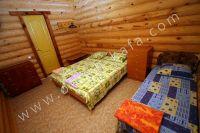 Феодосия: частный сектор для отдыха - Номера из сруба
