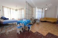 Здесь можно выгодно снять квартиру в Феодосии посуточно - Большие и светлые апартаменты