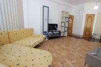 Здесь можно выгодно снять квартиру в Феодосии посуточно - Большой телевизор