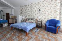 Здесь можно выгодно снять квартиру в Феодосии посуточно - Удобное кресло