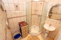 Жилье в Феодосии! Частный сектор подарит домашний комфорт и уют - Просторная ванная комната