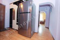 Современные квартиры в Феодосии посуточно - Огромный холодильник.