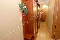 Посуточная аренда квартир в Феодосии на выгодных условиях - Просторная прихожая