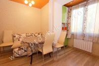 Незабываемый отдых в Крыму. Феодосия – это выбор активных людей - Удобный обеденный стол