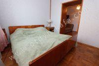Отличные квартиры посуточно в Феодосии! Выбор за вами - Мягкая двуспальная кровать