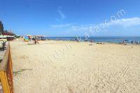 Добро пожаловать в Крым! Феодосия встречает теплым морем - Пляж Жемчужный