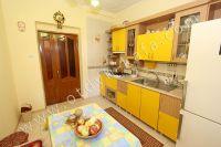 Отдельные дома в Крыму! Феодосия набирает популярность - Вместительный холодильник