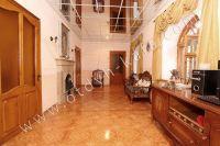 Отдельные дома в Крыму! Феодосия набирает популярность - Просторный зал