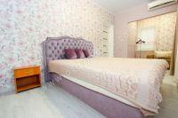 Отдых-Кафа предложит дом недорого! Феодосия готова к сезону - Мягкая двуспальная кровать.