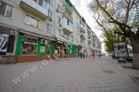 Крымские туристы выбирают Феодосию! Недорогое жильё у моря - Пиццерия в доме.