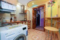 Доступное жилье: Феодосия, квартира у моря - На кухне присутствует все необходимое