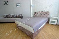 Курортная Феодосия, цены на жилье - Мягкая двуспальная кровать.