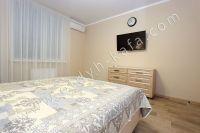 Планируете отдых в Феодосию? Квартира в центре, отличный выбор - Сплит система в каждой комнате.