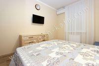 Планируете отдых в Феодосию? Квартира в центре, отличный выбор - Светлые тона.