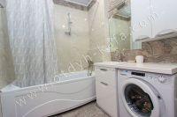 Планируете отдых в Феодосию? Квартира в центре, отличный выбор - Современная ванная комната.